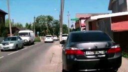 Неграмотная женская парковка смотреть видео прикол - 0:40