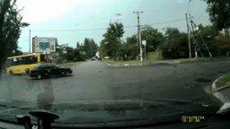 Смотреть Когда крутизна водителя зашкаливает...