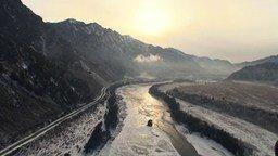 Смотреть Красота и величие зимнего Алтая