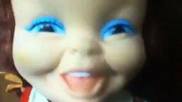 У куклы садятся батарейки смотреть видео прикол - 0:41