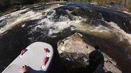Смотреть Вызволение белки из плена стремительной реки