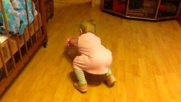 Смотреть Малышка и неуловимый лазер