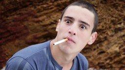 Юмористический ролик против курения смотреть видео прикол - 1:18