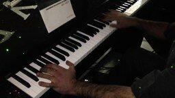 Самые быстрые пальцы на пианино смотреть видео - 2:01