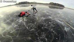 Смотреть Хоккей на гладком льду