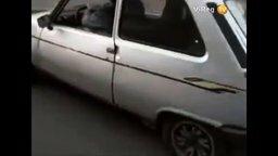 Пятое колесо для парковки смотреть видео прикол - 0:30