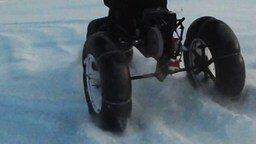 Смотреть Снегоход на пневмоколесном ходу