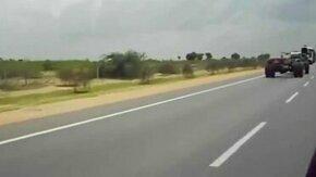 Индийский грузовик смотреть видео прикол - 0:14