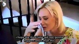 Блондинка и стеклянная дверь смотреть видео прикол - 0:58