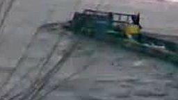 Смотреть Подводная поездка на грузовике