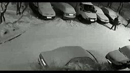 Добрый сосед-водитель смотреть видео прикол - 1:25