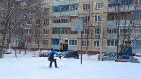 Лыжник-баскетболист смотреть видео - 0:31