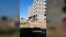 Неудачный снос здания смотреть видео - 0:18