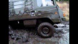 Военный внедорожник смотреть видео прикол - 4:16