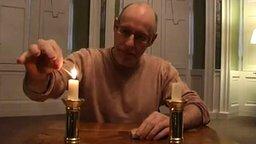 Перемещаем пламя с одной свечи на другую смотреть видео прикол - 1:18