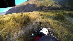 Смотреть Поездка по горному Алтаю на эндуро