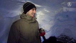 Вырыл огромный туннель, чтобы добраться до машины смотреть видео прикол - 1:01