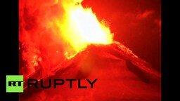 Смотреть Извержение вулкана Вильяррика