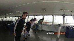 Смотреть Суровый морской танец