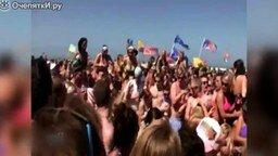 Смотреть Неудачные прыжки в толпу