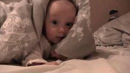 Малышка не хочет спать смотреть видео прикол - 2:26