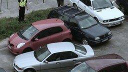 Смотреть Когда у авто открывается только одна дверь