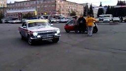 Резвая Волга ГАЗ-24 смотреть видео прикол - 0:33