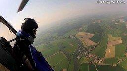 Смотреть Прыжок с вертолёта без парашюта