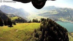 Смотреть Полёт в двух метрах от земли