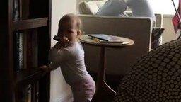 Дуэт папы и малыша смотреть видео прикол - 0:51