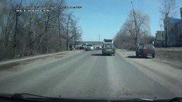 Смотреть Пешеход поблагодарил водителя