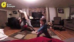 Идиллия отца и сына смотреть видео прикол - 0:20