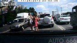 Куры переходят дорогу смотреть видео прикол - 2:12