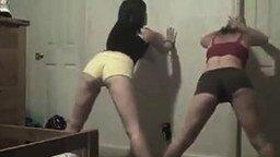 Женские милые попки смотреть видео прикол - 3:43