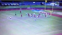 Смотреть Эффектный футбольный гол