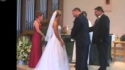 Смотреть Смешные свадебные курьёзы