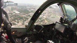Смотреть Полёт на Су-25 от первого лица