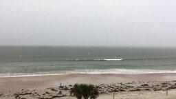 Смотреть Мощнейшая молния в море
