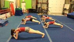Смотреть Как гимнастки мышцы кора укрепляют