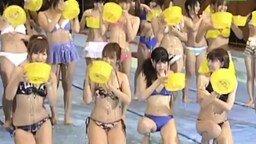 Девушки в масле смотреть видео прикол - 1:14