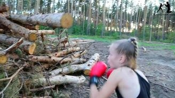 Как девочку превратить в мальчика смотреть видео прикол - 0:21