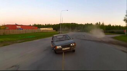 Смотреть Суровая буксировка авто