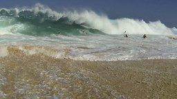 Смотреть Противостояние волнам