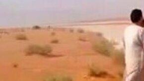 Ледяная река в пустыне смотреть видео - 1:28