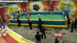 Женский мокрый футбол смотреть видео прикол - 4:26