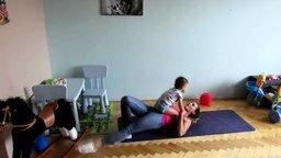 Спортивные родители смотреть видео прикол - 1:44