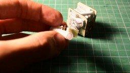 Смотреть Минидвигатель из бумаги