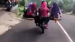 Смотреть Автобус по-индонезийски