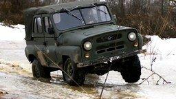 Смотреть Самодельная модель УАЗ-469