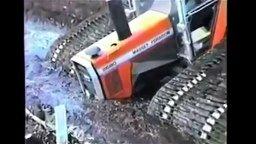 Необыкновенный трактор смотреть видео прикол - 1:07